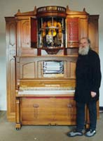 Siegfried vor Instrument